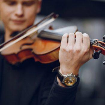تمرین موسیقی ٬ آموزشگاه موسیقی تهران ٬ بهترین آموزشگاه موسیقی