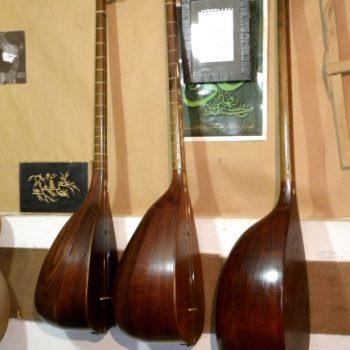 تنبور ٬ آموزشگاه موسیقی تهران ٬ بهترین آموزشگاه موسیقی ٬ کلاس آموزش ستنور