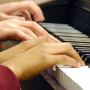 آموزش موسیقی ٬ بهترین آموزشگاه موسیقی شمال تهران ٬ کلاس آموزش پیانو
