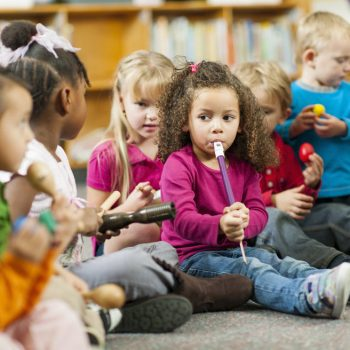 آموزش موسیقی به کودکان ٬ بهترین آموزشگاه موسیقی ٬ کلاس آموزش موسیقی کودک