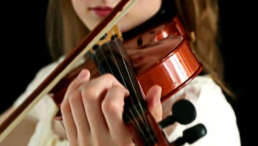 صدا دهی ویولن ٬ آموزشگاه موسیقی تهران ٬ کلاس آموزش ویولن ٬ کلاس موسیقی
