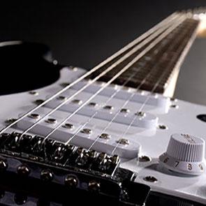 گیتار الکتریک ٬ کلاس آموزش گیتار ٬ آموزشگاه موسیقی شمال تهران