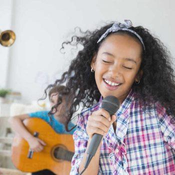 خوانندگی کودکان ، آموزشگاه موسیقی تهران ، کلاس موسیقی کودک ، کلاس آموزش خوانندگی