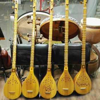 ساز سه تار ٬ آموزشگاه موسیقی شمال تهران ٬ کلاس آموزش سه تار ٬ کلاس موسیقی