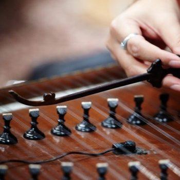 کوک کردن سنتور ٬ آموزشگاه موسیقی شمال تهران ٬ بهترین آموزشگاه موسیقی ٬ کلاس آموزش سنتور